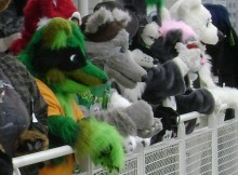 Fursuit_parade_(group_view_at_Anthrocon_2008)